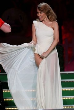 KYLIE OPENS 2009 BRIT AWARDS